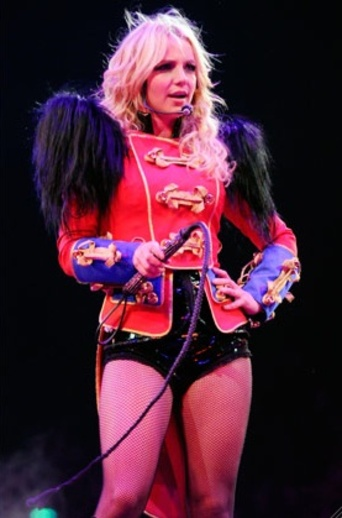 britney_spears_circus_tour_getty